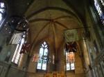 Capela em homenagem ao regimento real de Norfolk, com retábulo medieval datado de 1420.