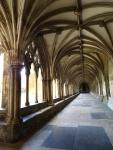 Vias por onde padres do mosteiro beneditino caminhavam, séculos atrás.
