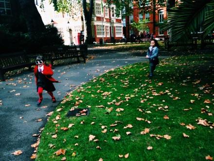 No caminho para a entrevista, uma passadinha num pequeno parque